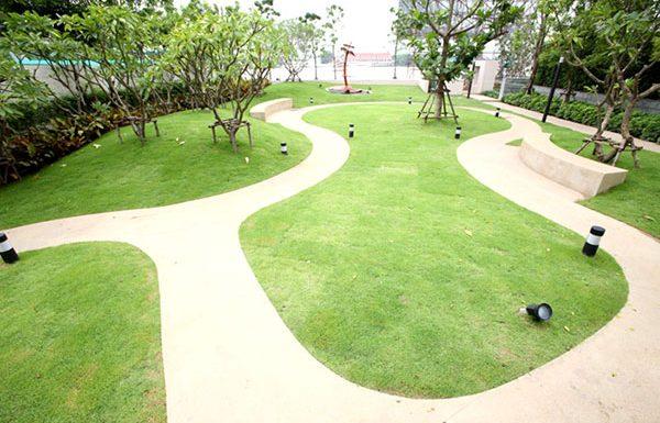 Watermark-Chaophraya-River-Bangkok-condo-for-sale-garden